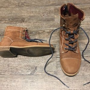 Tommy Hilfiger Brown Leather Lace Up Boots 7.5